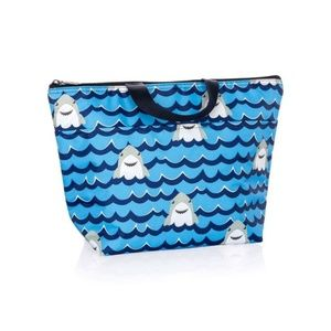 Thirty-One Thermal Tote in Shark Party